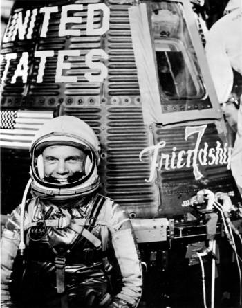 Glenn przed misją Mercury-Atlas 6.