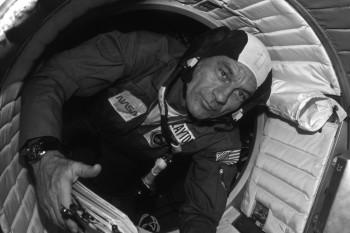 Deke Slayton podczas misji Apollo-Soyuz