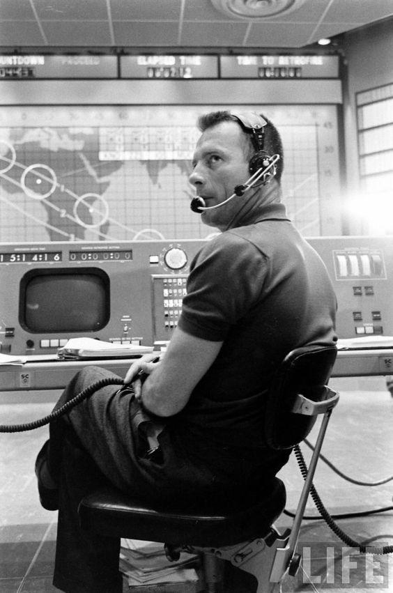 Podczas programu Mercury, Slayton był pierwszym CapCom'em - operatorem łączności komunikującym się  ze statkiem kosmicznym.