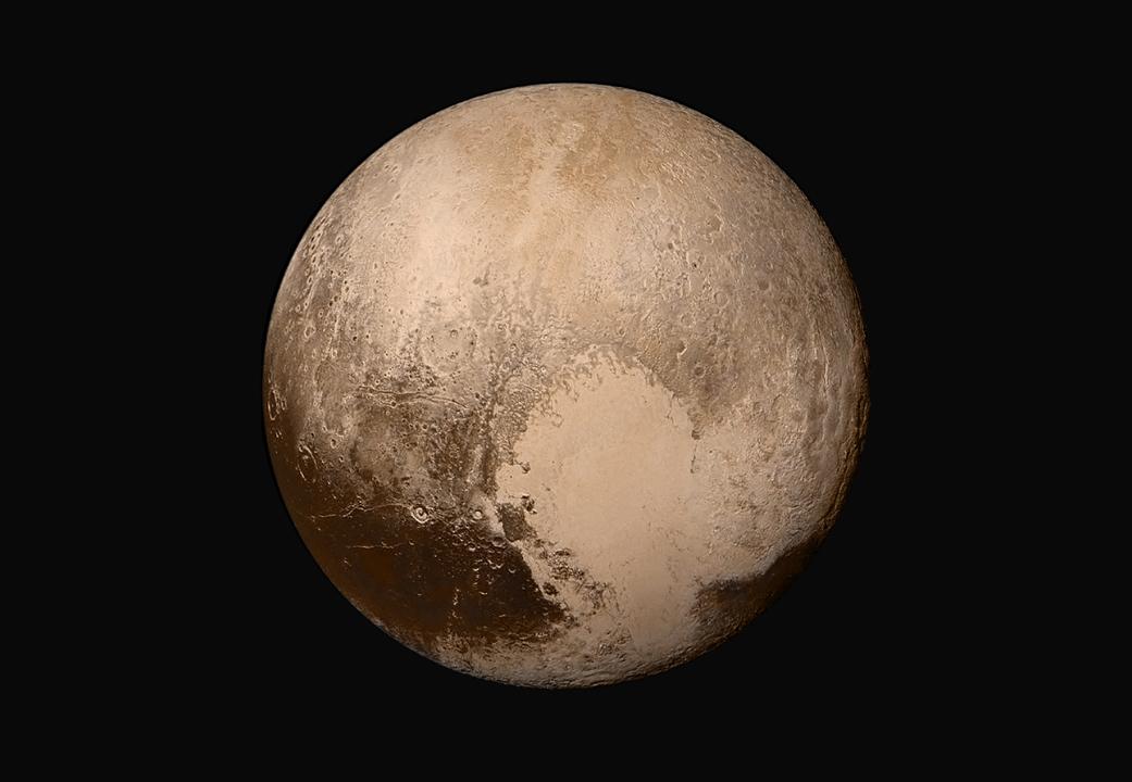 Globalna mozaika Plutona złożona ze zdjęć z sondy.