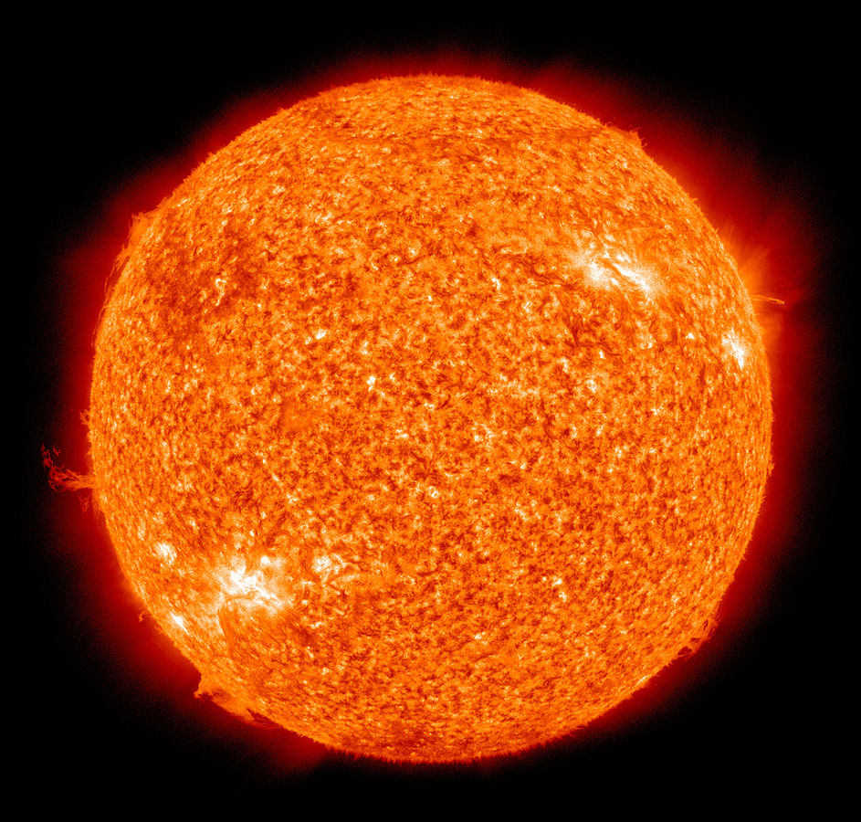 943px-The_Sun_by_the_Atmospheric_Imaging_Assembly_of_NASA's_Solar_Dynamics_Observatory_-_20100819