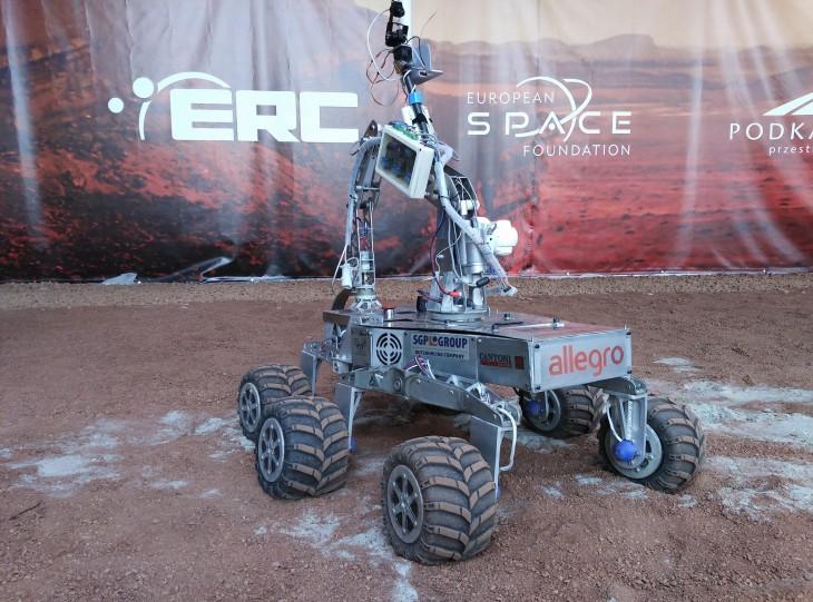 Łazik Grupy Rover Team zPolitechniki Częstochowskiej