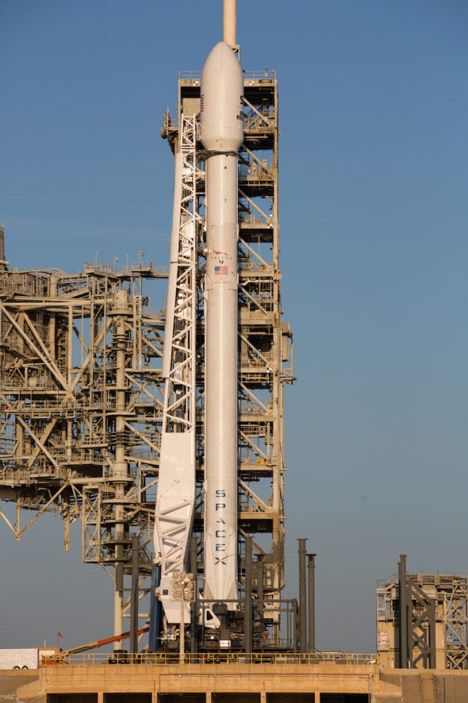 Rakieta Falcon 9 gotowa do swojej drugiej misji na kilka godzi przed startem.