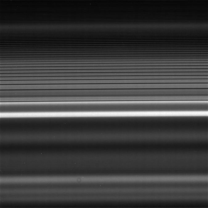 Pierścienie Saturna odśrodka