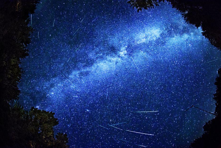 Deszcz meteorytów, kompilacja z12 sierpnia 2013.