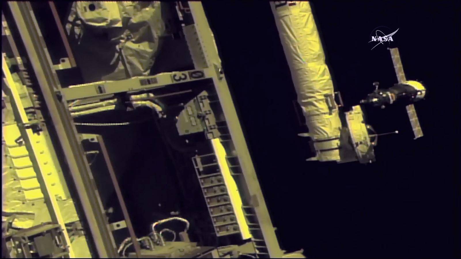 Soyuz MS-06 dokujący doMiędzynarodowej Stacji Kosmicznej.