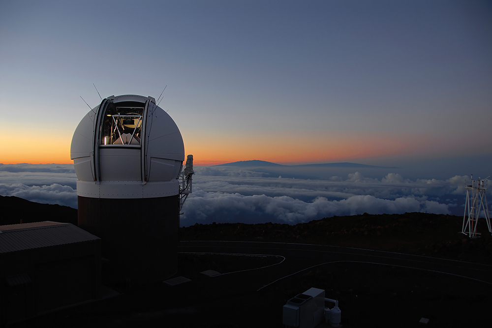 Teleskop Pan-STARRS1 Observatory na szczycie Haleakala Maui.