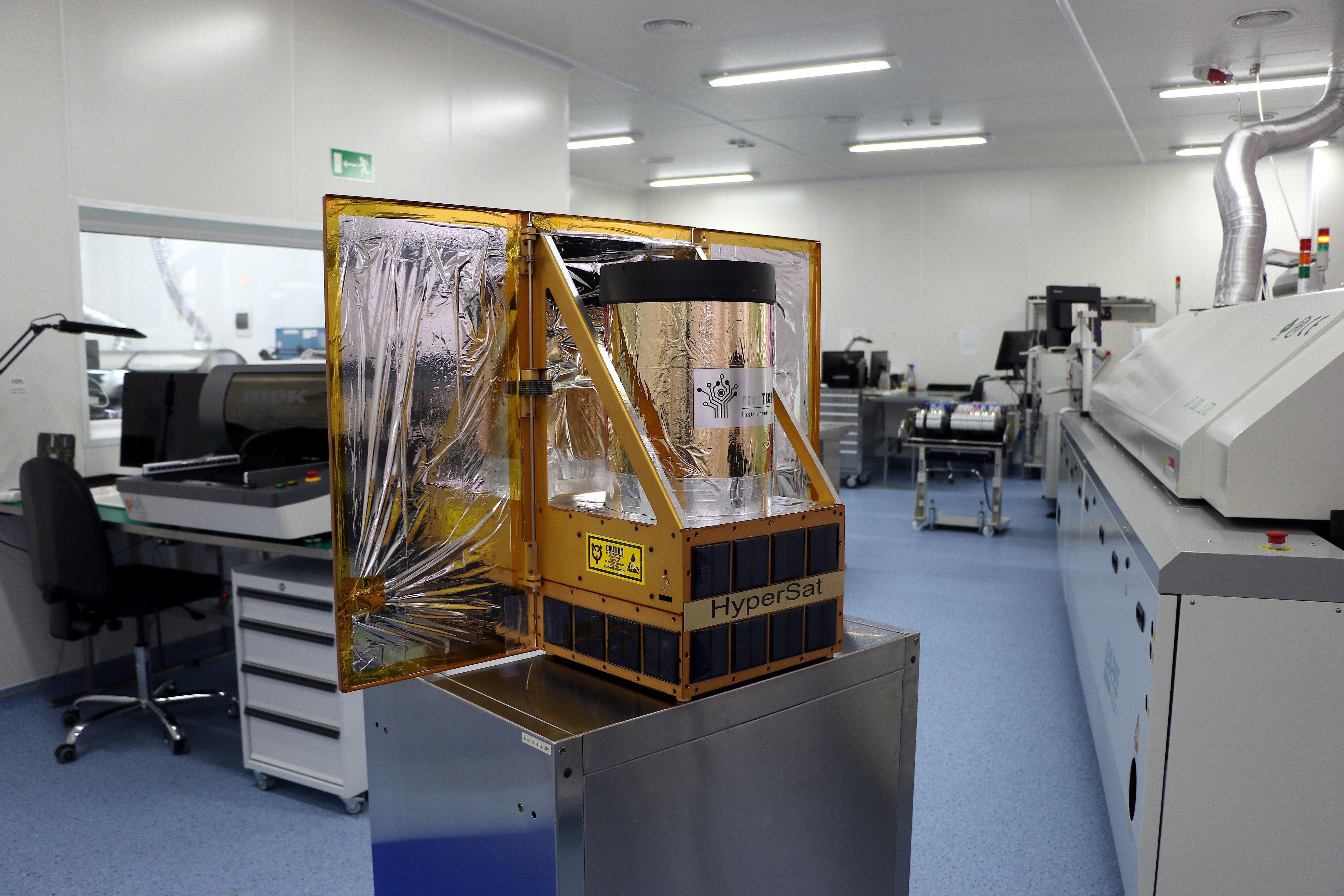 Platforma HyperSat
