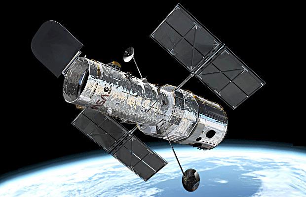 Kosmiczny Teleskop Hubble'a wystrzelony na orbitę!