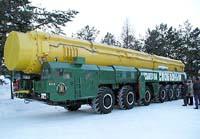 Rosyjska rakieta Start dociera do Kosmodromu