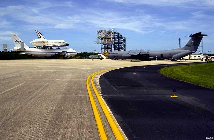 Atlantis na Boeingu 747