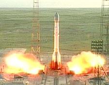 Startująca rakieta Proton