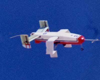 I2000 - samolot z nadmuchiwanymi skrzydłami