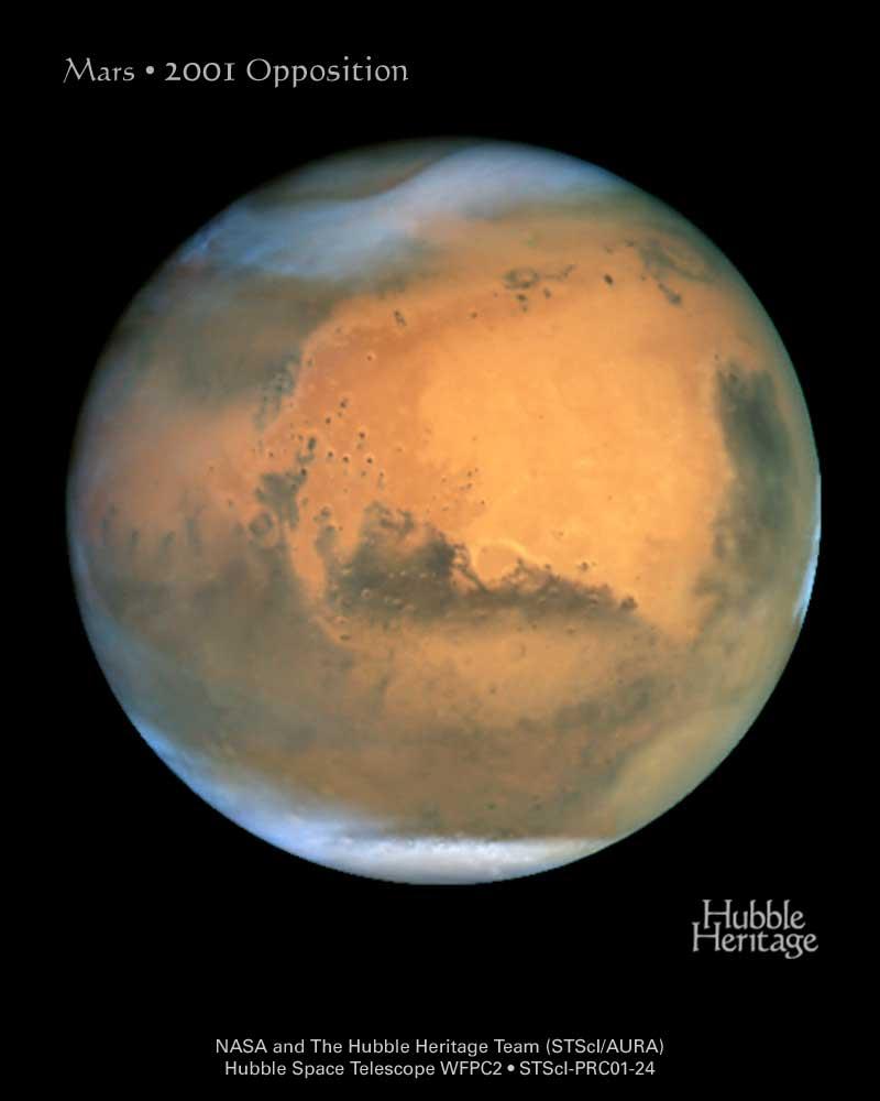 Mars widziany przez Teleskop Kosmiczny