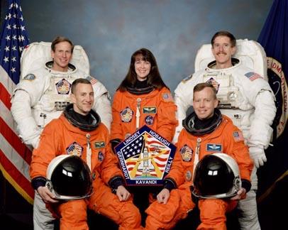 Załoga misji STS-104 promu Atlantis