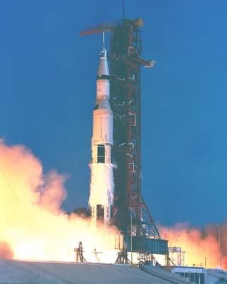 Start misji Apollo 11