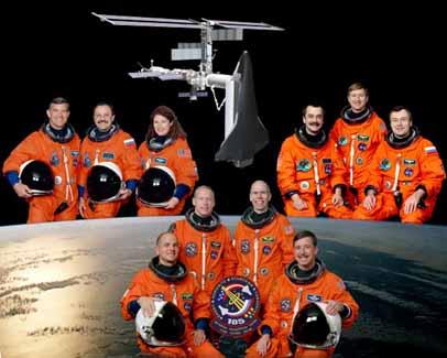 Załoga misji STS-105