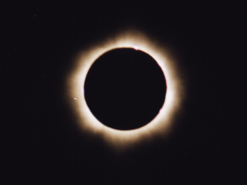 Korona słoneczna znad Balatonu