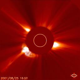 Koronalny wyrzut materii ze Słońca