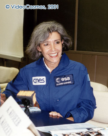 Claudie Haignere podczas konferencji