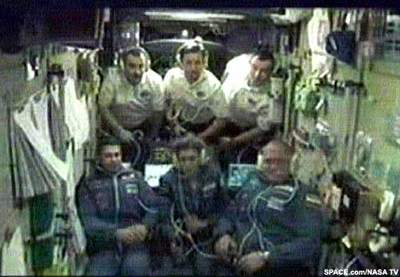 Załoga Trzecia izałoga misji TM-33