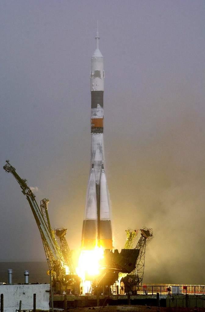 Start Sojuza z Pierwszą Załogą ISS
