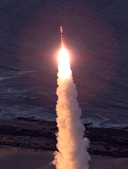 Start setnej rakiety Delta 2
