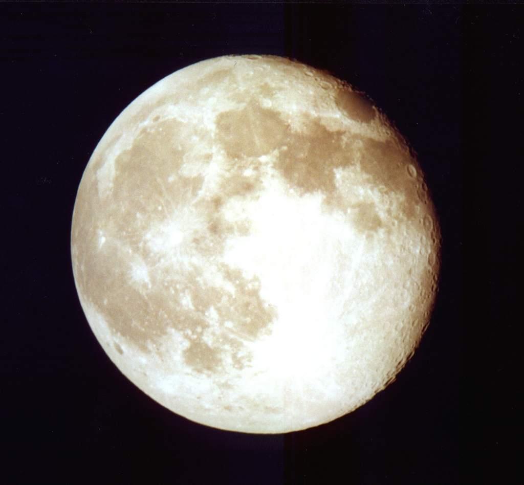 Księżyc (4)