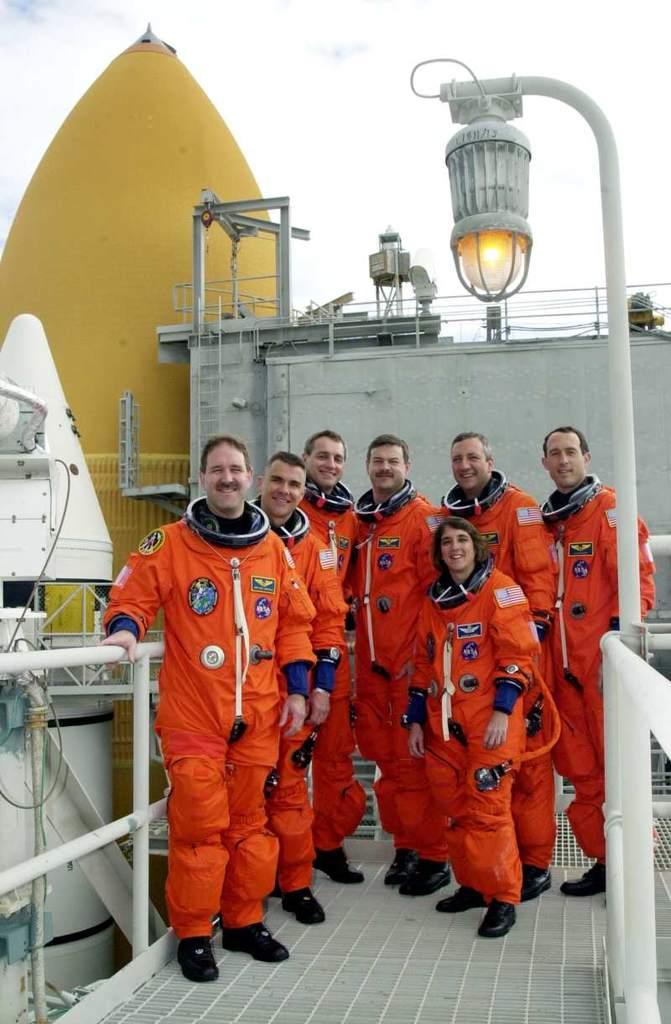 Załoga misji STS-109