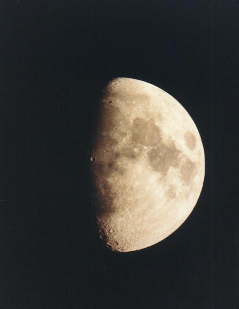 Księżyc w obiektywie Roberta Bodzonia (4)