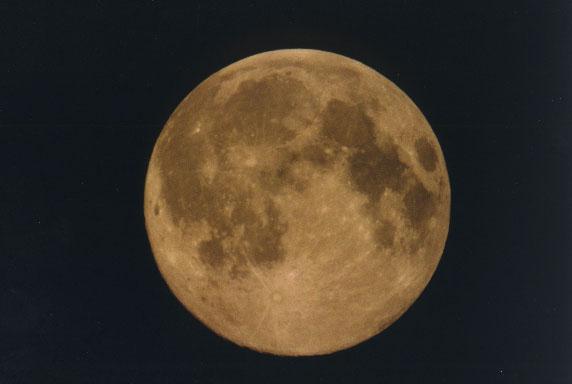 Księżyc w obiektywie Roberta Bodzonia (6)