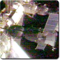 Sojuz TM-34 cumuje do Stacji Kosmicznej