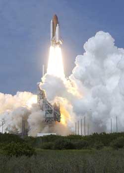 Prom Endeavour rozpoczyna misję STS-111