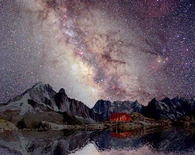 Droga Mleczna i Mount Blanc