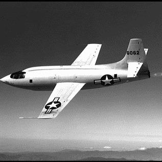 Samolot XS-1