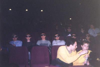 Uczestnicy seminarium astronomicznego w kinie IMAX