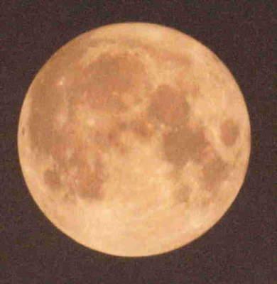 Księżyc - zdjęcie Radosława Ziombera