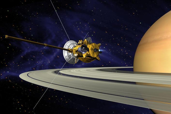 Cassini przy Saturnie