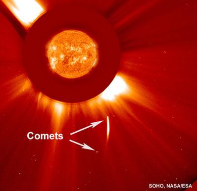 Dwie komety w pobliżu Słońca