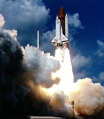 Start promu Atlantis z Galileo