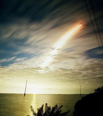 Start Titana oglądany zdaleka