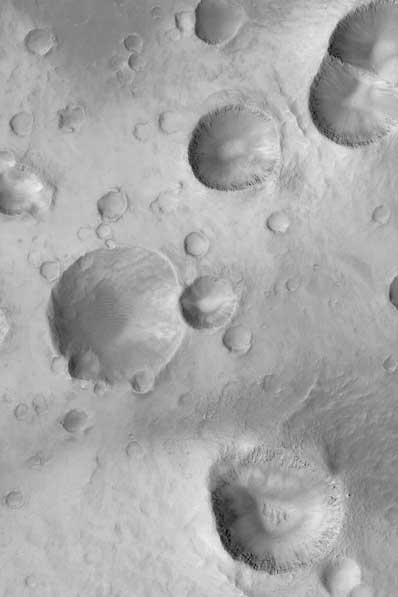 Kratery na Marsie, Arabia Terra
