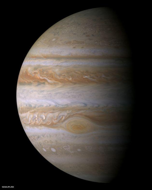 Jowisz widziany przez sondę Cassini