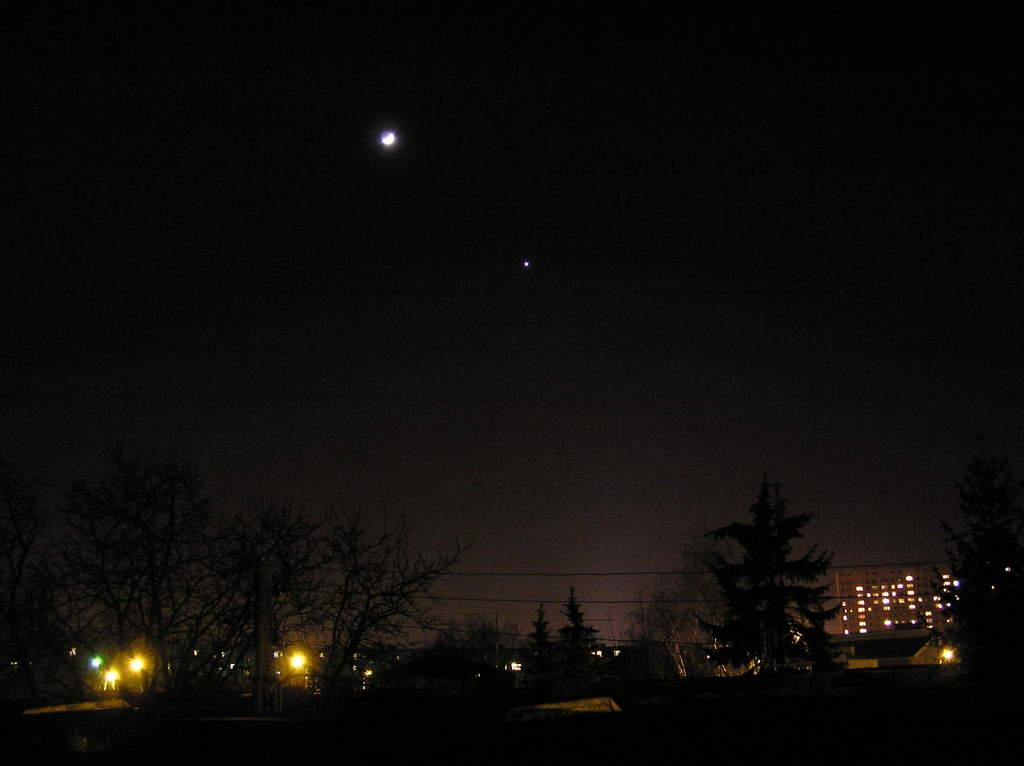 Księżyc iWenus 24 stycznia 2004 (1)