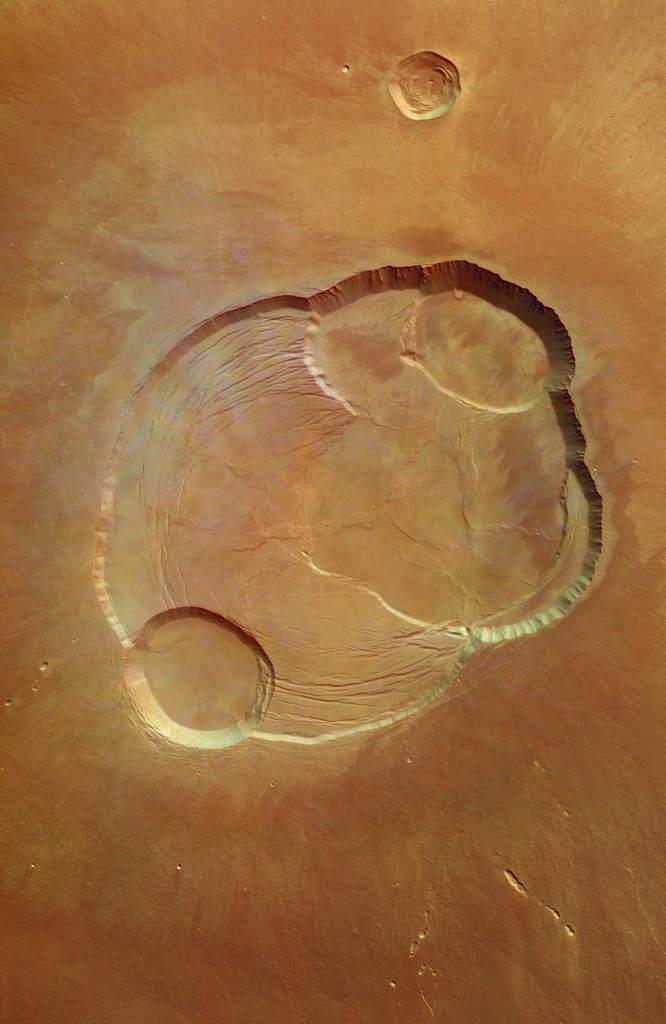 Olympus Mons okiem Mars Express
