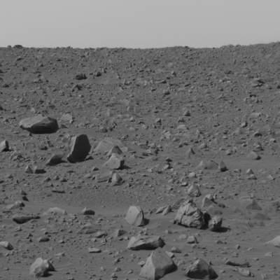 Przy brzegu krateru (I)
