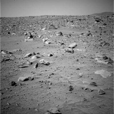 Przy brzegu krateru (II)