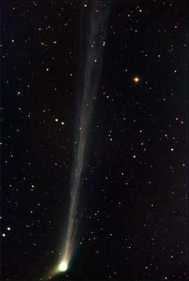 Kometa C/2002 T7 (LINEAR)