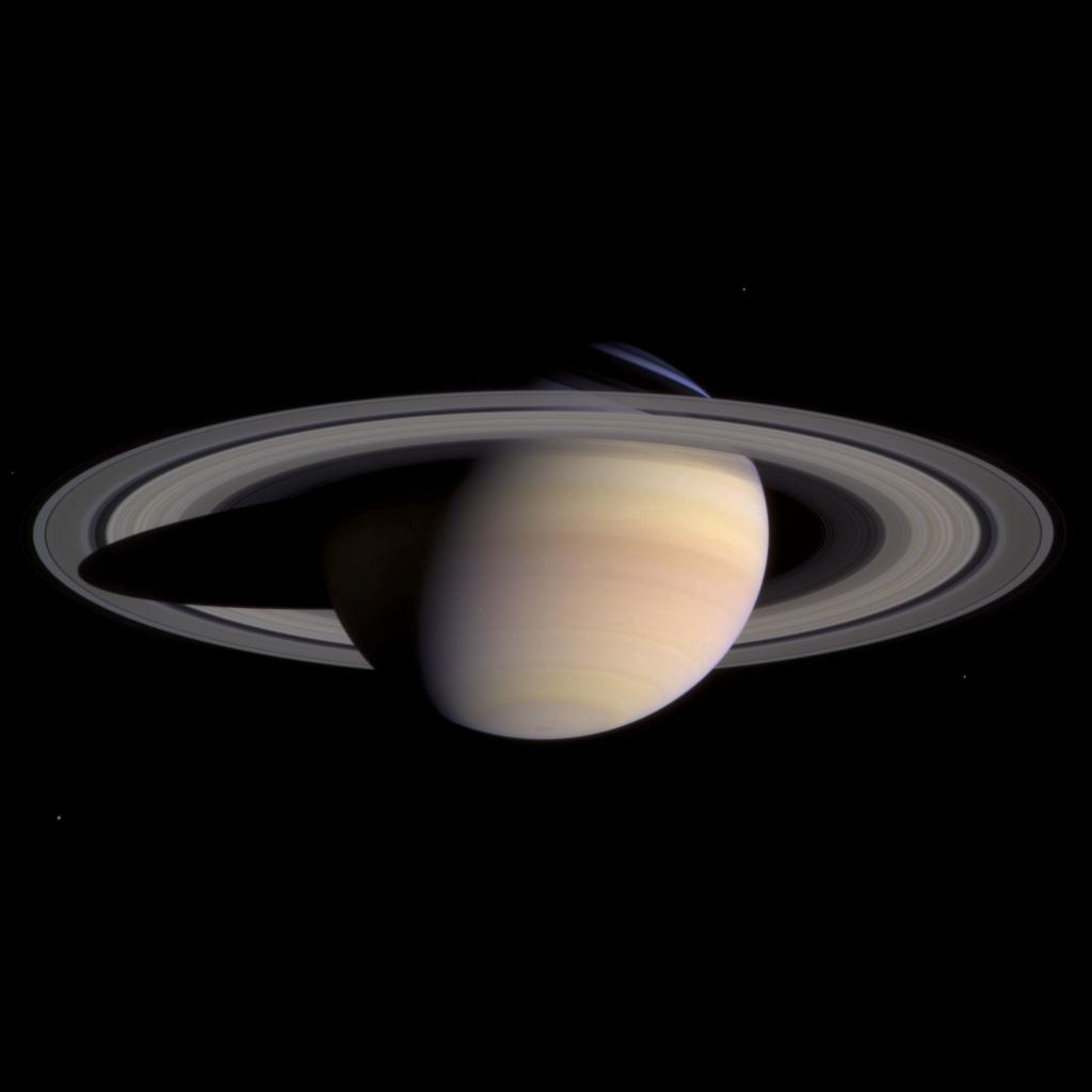 Saturn z odległości 47,7 mln km