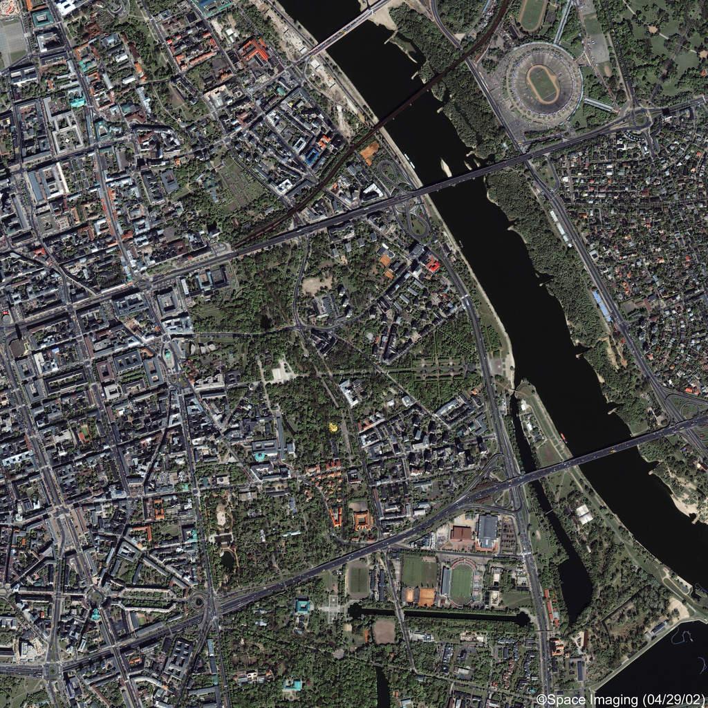 Zdjęcie centrum Warszawy z orbity
